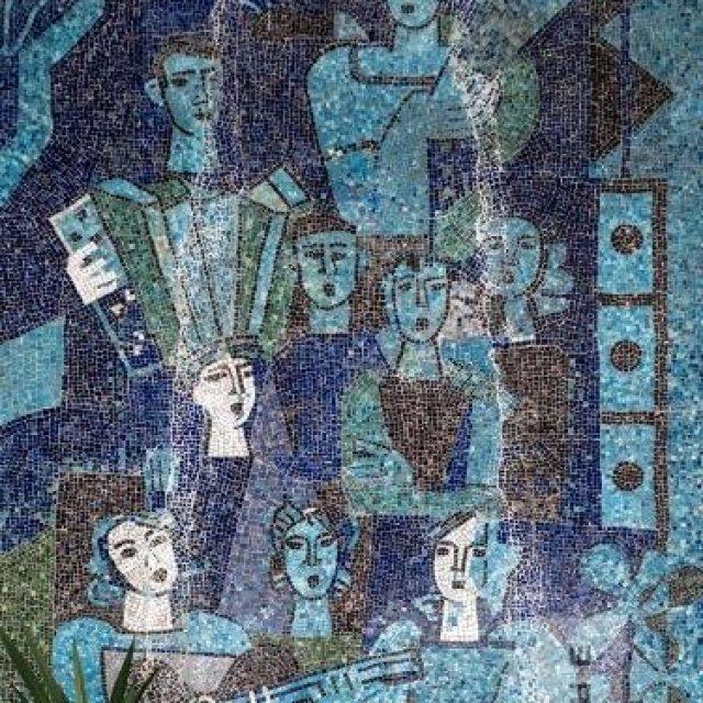 """Mozaic de ceramică (4) în interiorul Magazinului """"Muzica"""""""